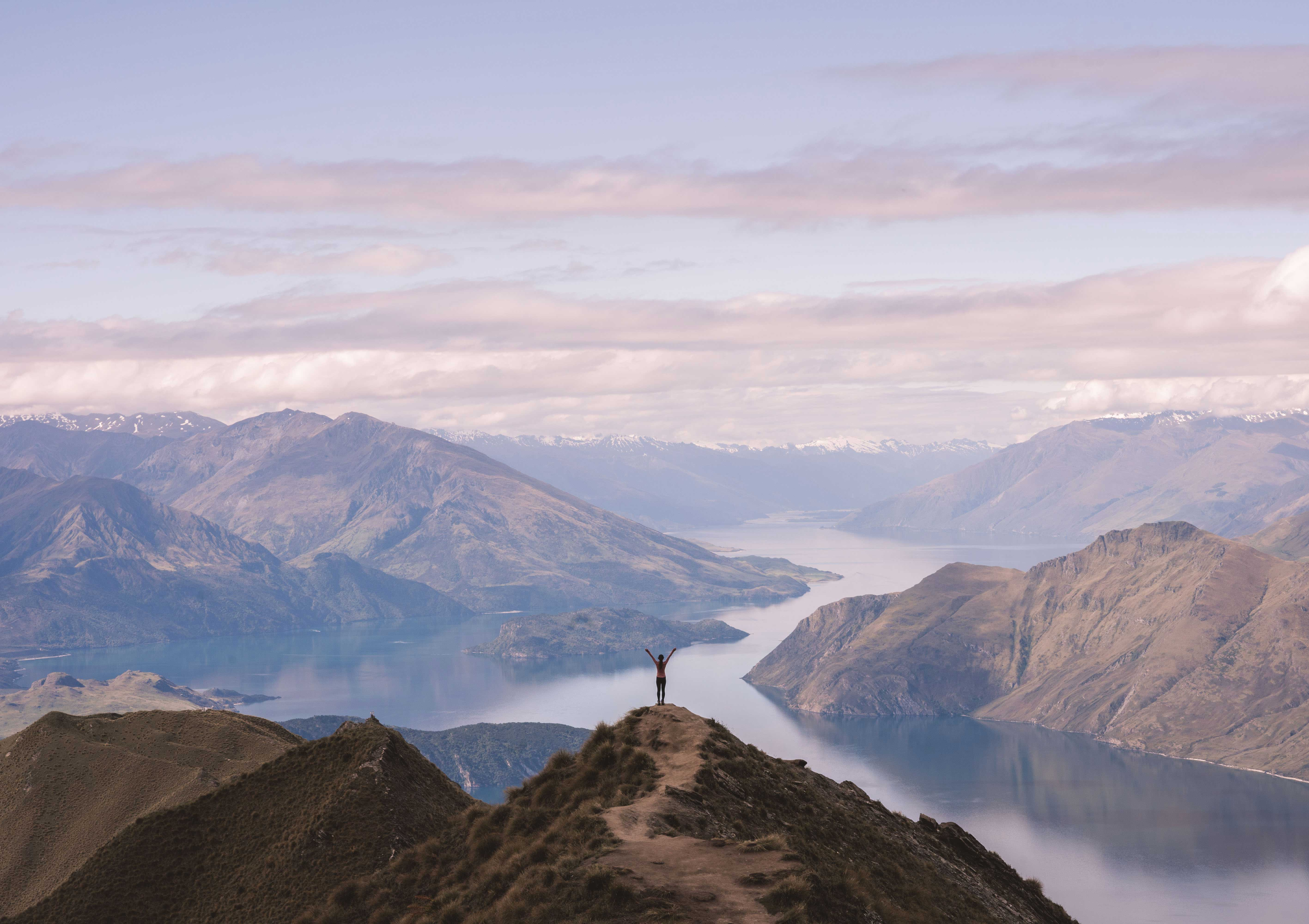 Roy's Peak Hike: The Most Instagrammable Spot in New Zealand